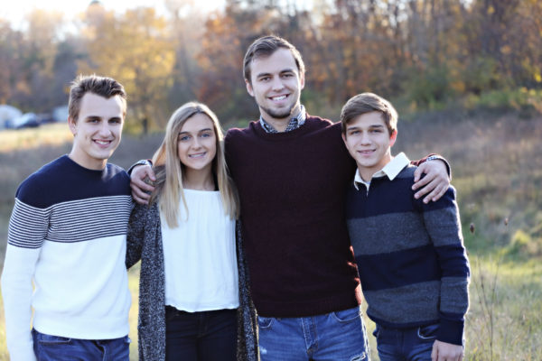 Our Family Nest Youtube Family Vloggers