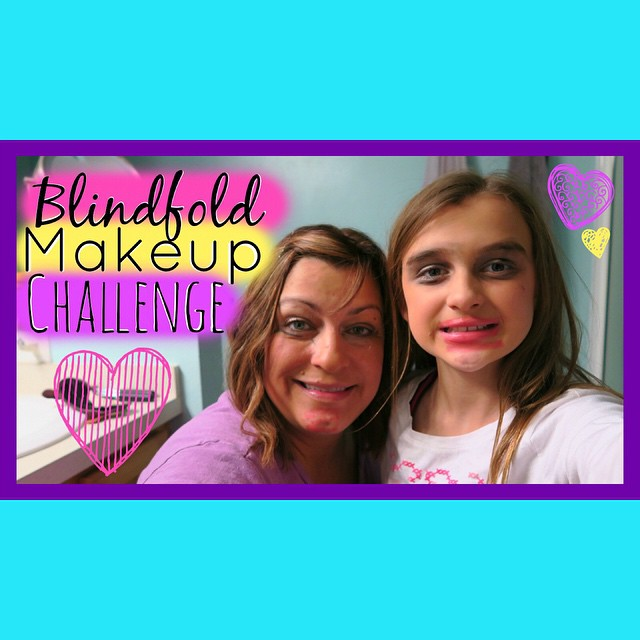 Karli and I did the Blindfolded Makeup Challenge! Too much fun ?